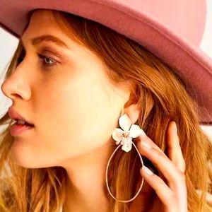 🌈2/$30 New Anthro Mireille Flower Earrings